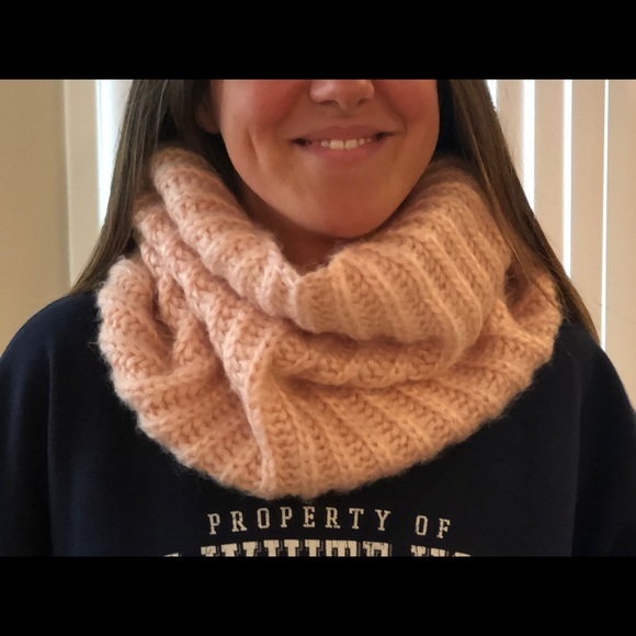Urban Outfitters Accessories - Urban Outfitters Pink infinity neck scarf